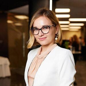 Олена Яковенко